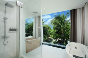 Sea View Suite - Bathroom I