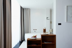 Sea View Suite - Bathroom III