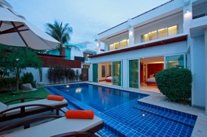 Beachfront Grand Pool Villa -2